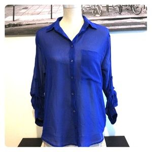 4/$30 🌷Garage | Royal Blue Button-Down Blouse